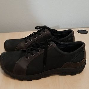 Keen mens hiking / walking shoe shoes size 13
